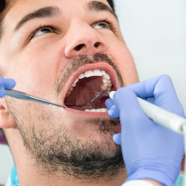 http://panoramadental.pl/stomatologia-zachowawcza/